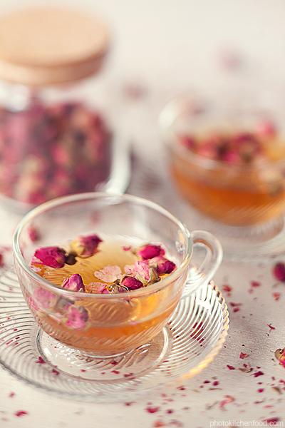 Hướng dẫn cách pha trà hoa hồng trị cảm đơn giản