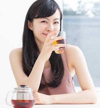 Trà Xanh Gạo Lứt Rang Món Quà Sức Khỏe Từ Nhật Bản